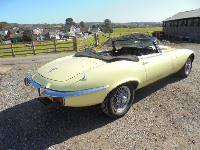 1972 Jaguar E Type V12 Roadster  For Sale (picture 4 of 6)