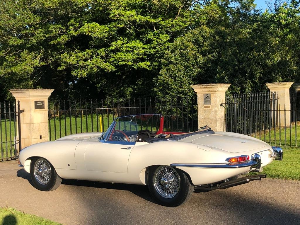 1961 Jaguar E-Type 3.8 series 1 Flat floor Roadster SOLD (picture 4 of 10)