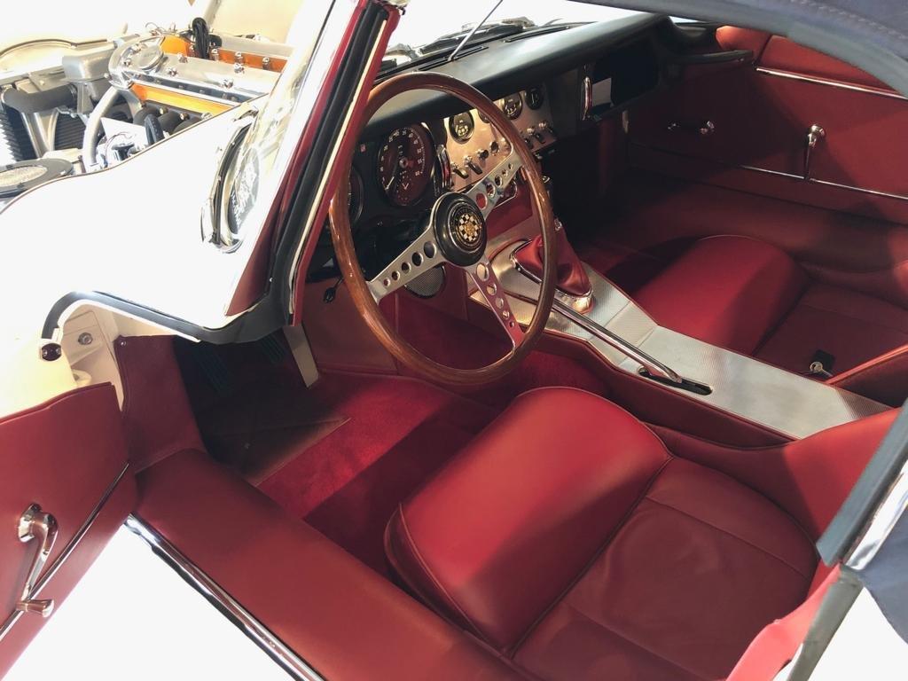 1961 Jaguar E-Type 3.8 series 1 Flat floor Roadster SOLD (picture 5 of 10)