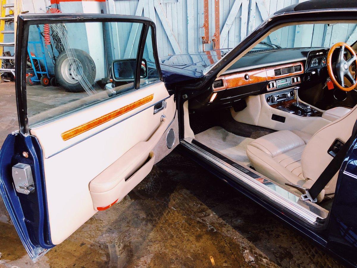 1988 Jaguar XJ-SC V12 For Sale (picture 5 of 6)