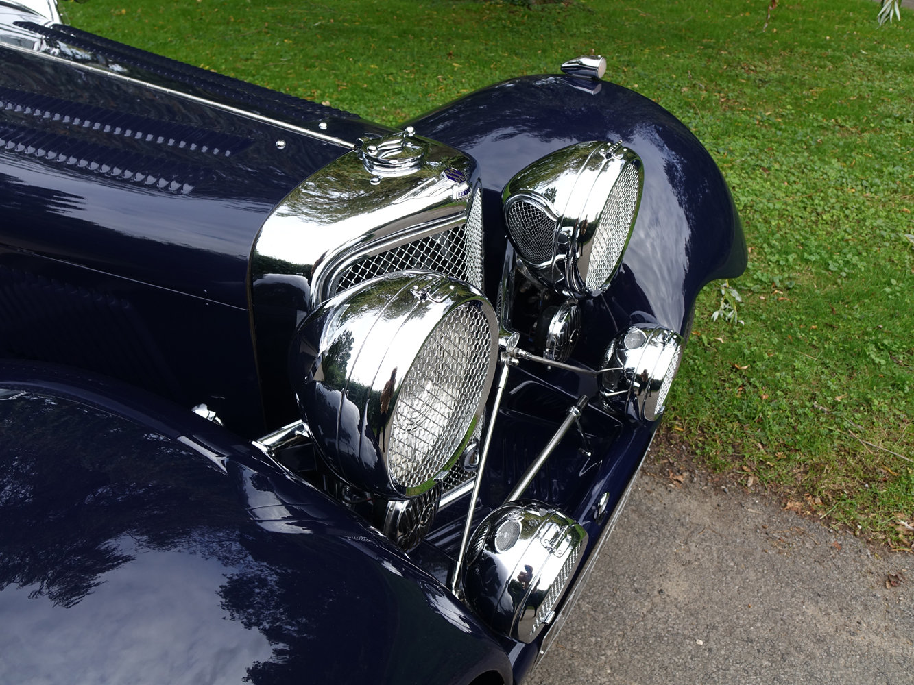 Suffolk Jaguar SS100 4.2 Top specification 6000 miles For Sale (picture 4 of 6)