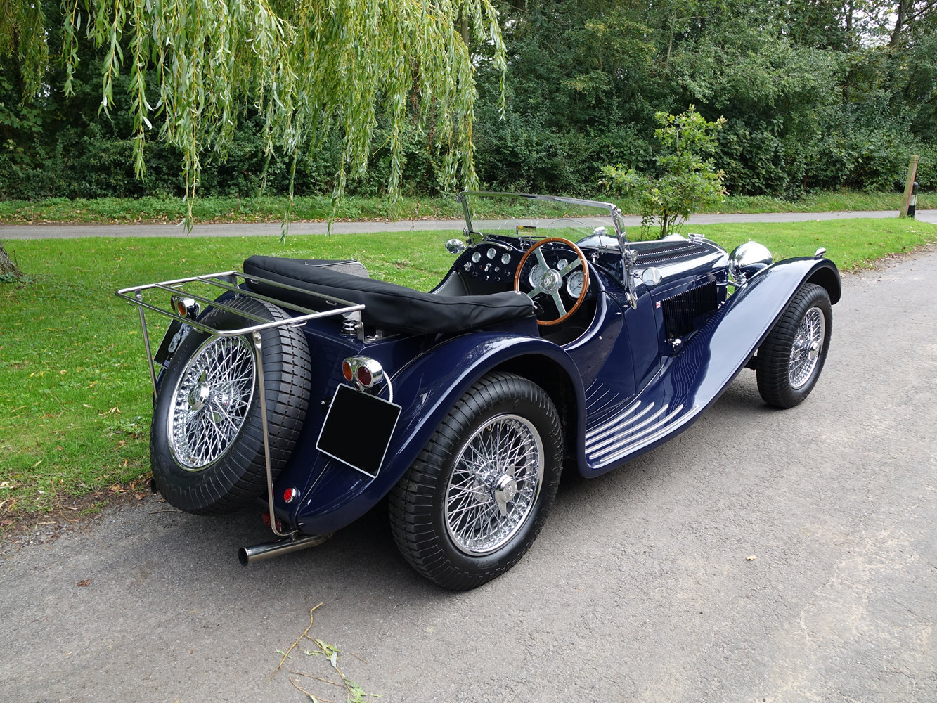 Suffolk Jaguar SS100 4.2 Top specification 6000 miles For Sale (picture 6 of 6)