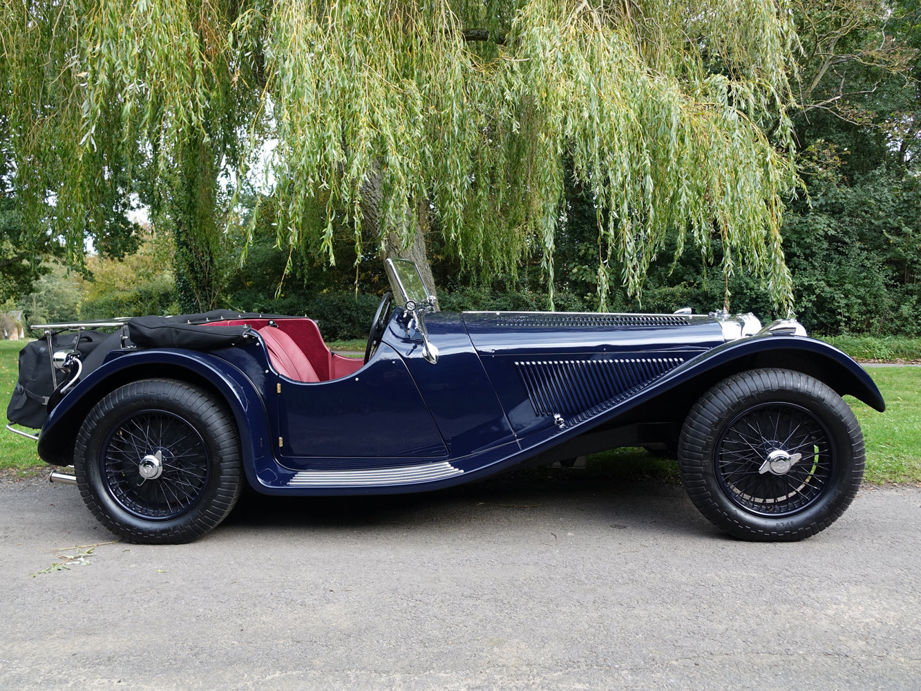 Suffolk Jaguar SS100 4.2 with Certificat D'imatricuation For Sale (picture 2 of 6)