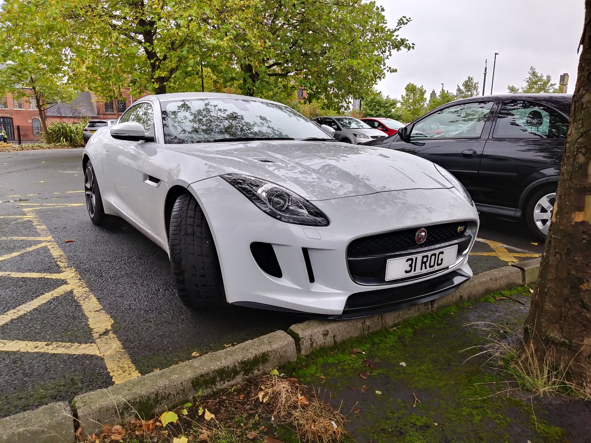2015 Jag F type £30,750 full service history exc condit For Sale (picture 1 of 5)