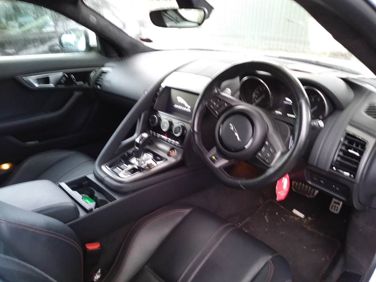 2015 Jag F type £30,750 full service history exc condit For Sale (picture 5 of 5)