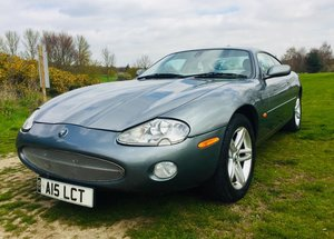 2002 XK8 V8 4.2 New MOT, no advisories