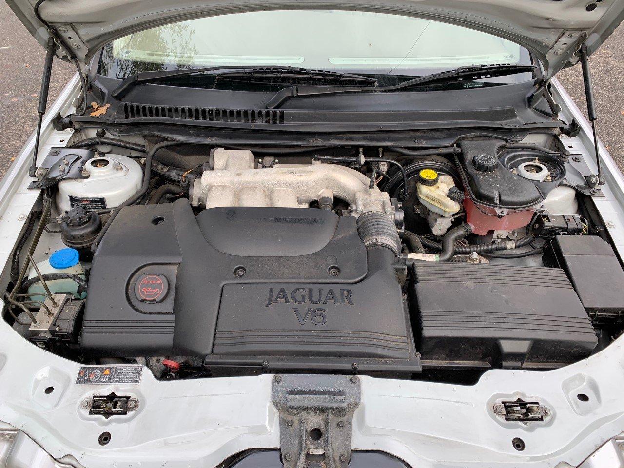 2003 Jaguar X-Type 2.5 V6 SE Auto For Sale (picture 6 of 6)