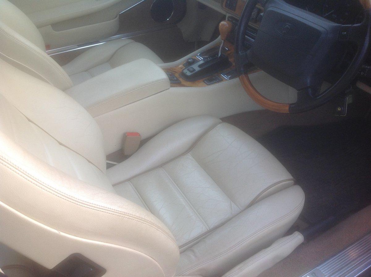 1995 Jaguar XJS 4 litre Auto Celebration For Sale (picture 5 of 6)