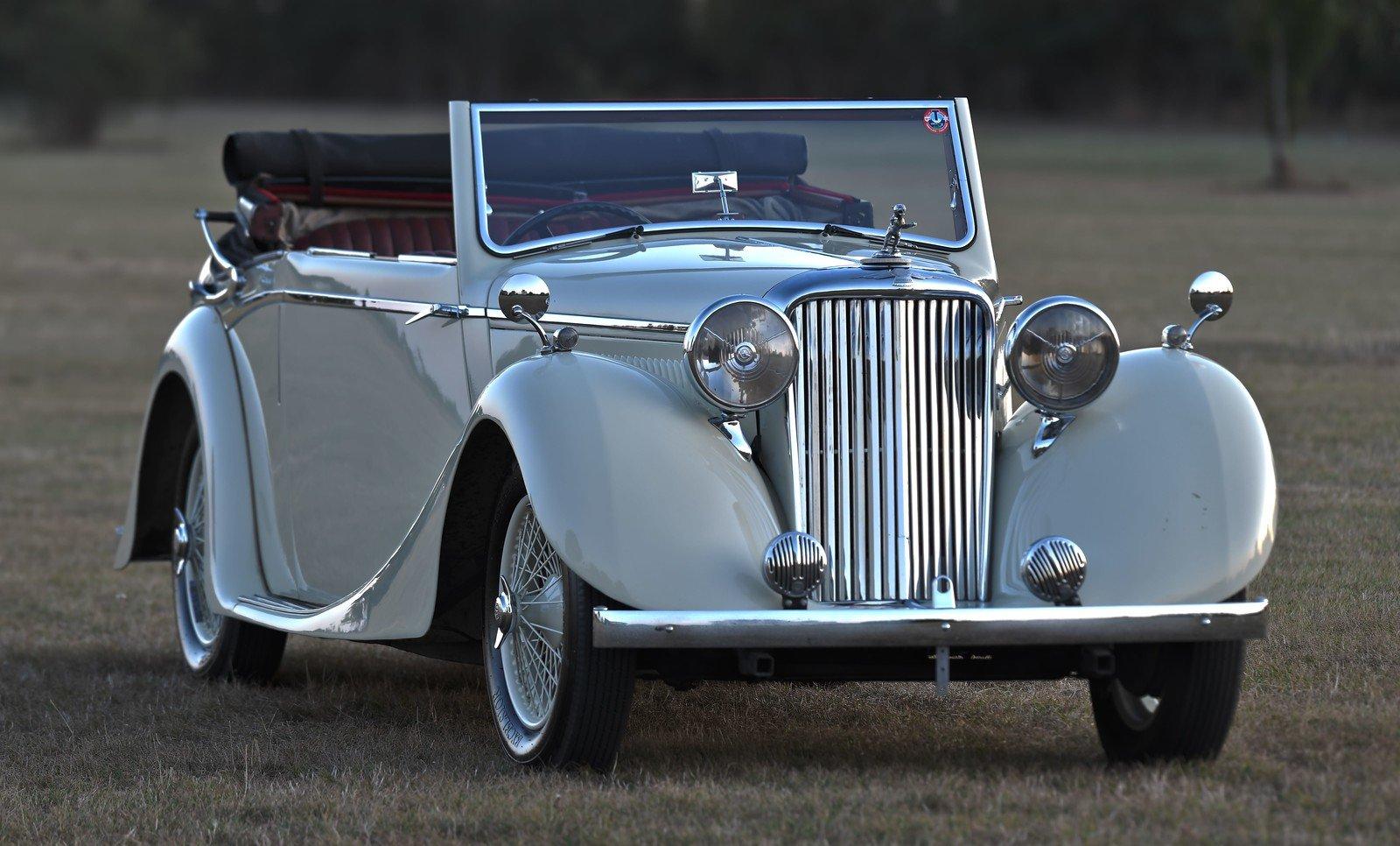 1939 Jaguar SS 1 ½ Litre Drophead Coupe For Sale (picture 1 of 6)