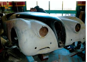 XK 120 road chassis and body