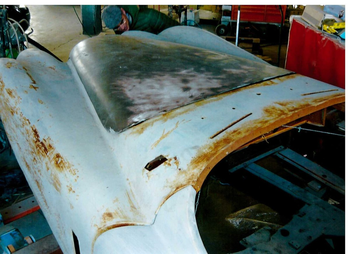 1953 XK 120 road chassis and body For Sale (picture 5 of 6)