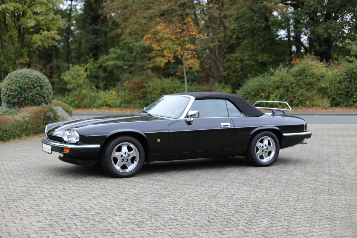 1992 A uniquely styled Euro Specification Jaguar XJS Convertible SOLD (picture 6 of 6)