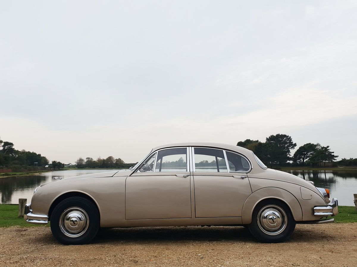 1966 Jaguar MK2 3.4L MOD matching numbers 70k miles For Sale (picture 4 of 6)