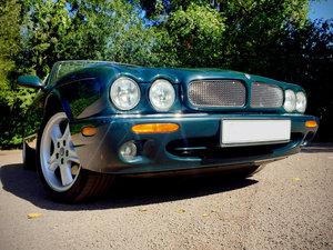 1998 Jaguar XJR - 4.0L Supercharged V8 For Sale