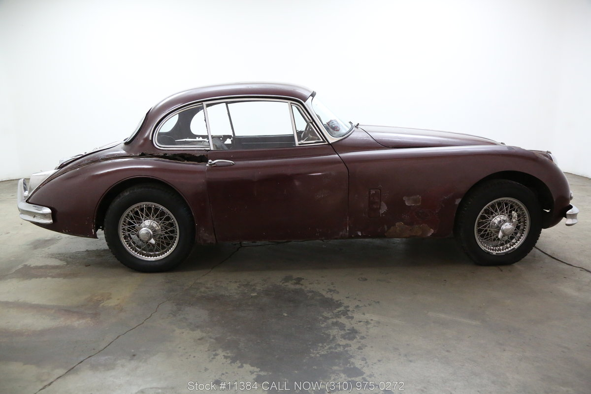 1961 Jaguar XK150 Fixed Head Coupe 3.8 For Sale (picture 2 of 6)