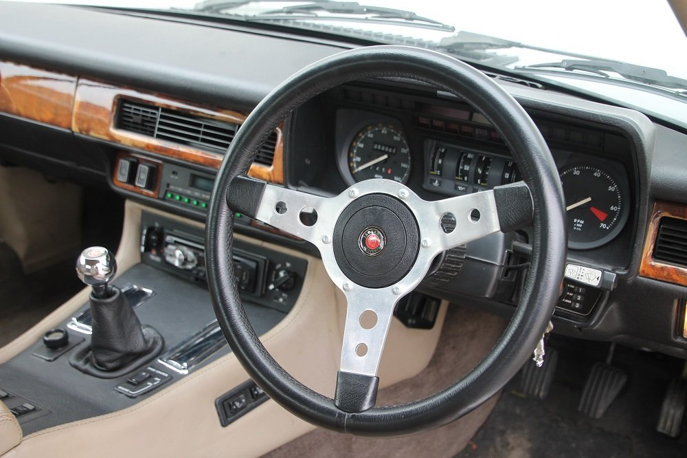 1982 XJS V12 / MANUAL GEARBOX!!!! For Sale (picture 2 of 6)