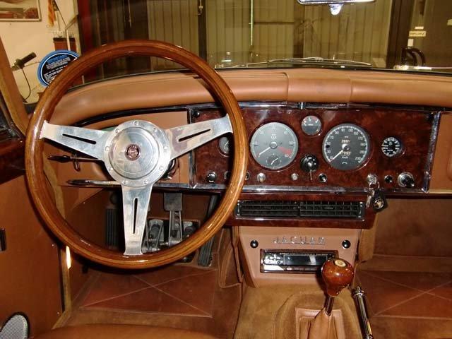 JAGUAR XK 150 FHC - 1959 For Sale (picture 3 of 6)
