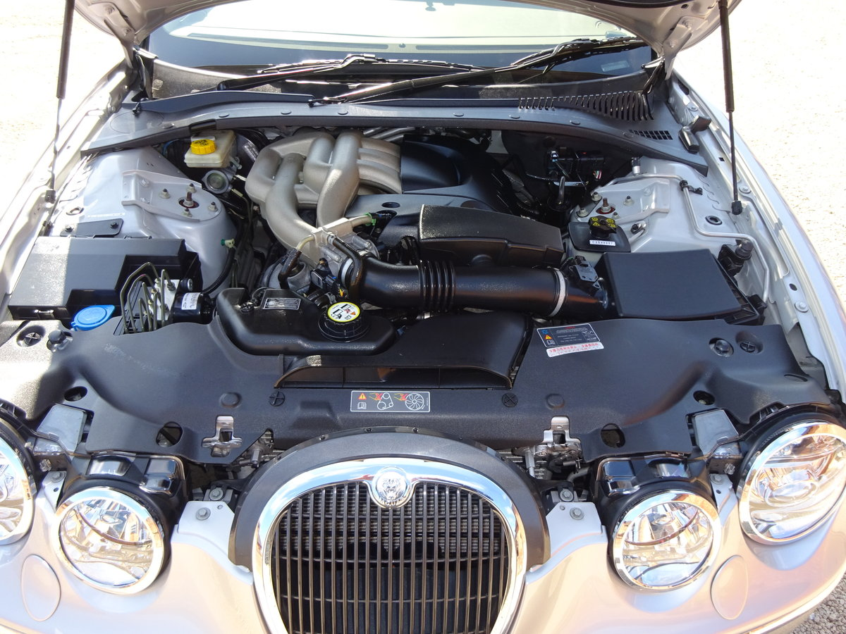 2005 JAGUAR S-TYPE 2.5 V6 AUTO - COVERED 21K MILES 1 OWNER   For Sale (picture 4 of 6)