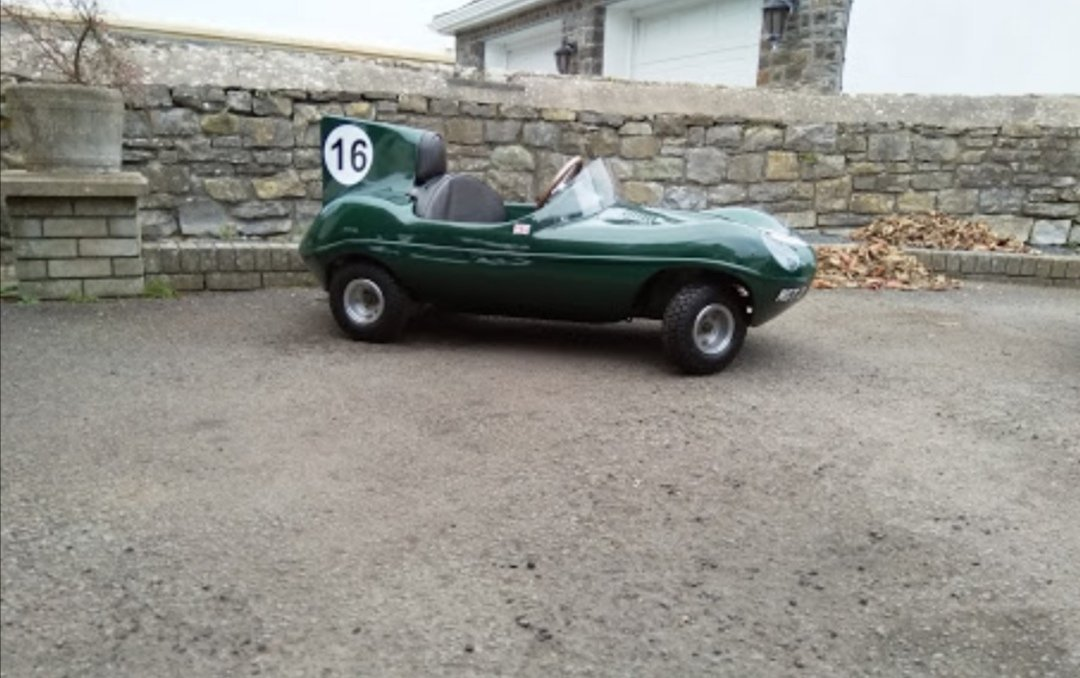 Jaguar D Type toy car - Perfect Christmas gift! For Sale (picture 2 of 6)