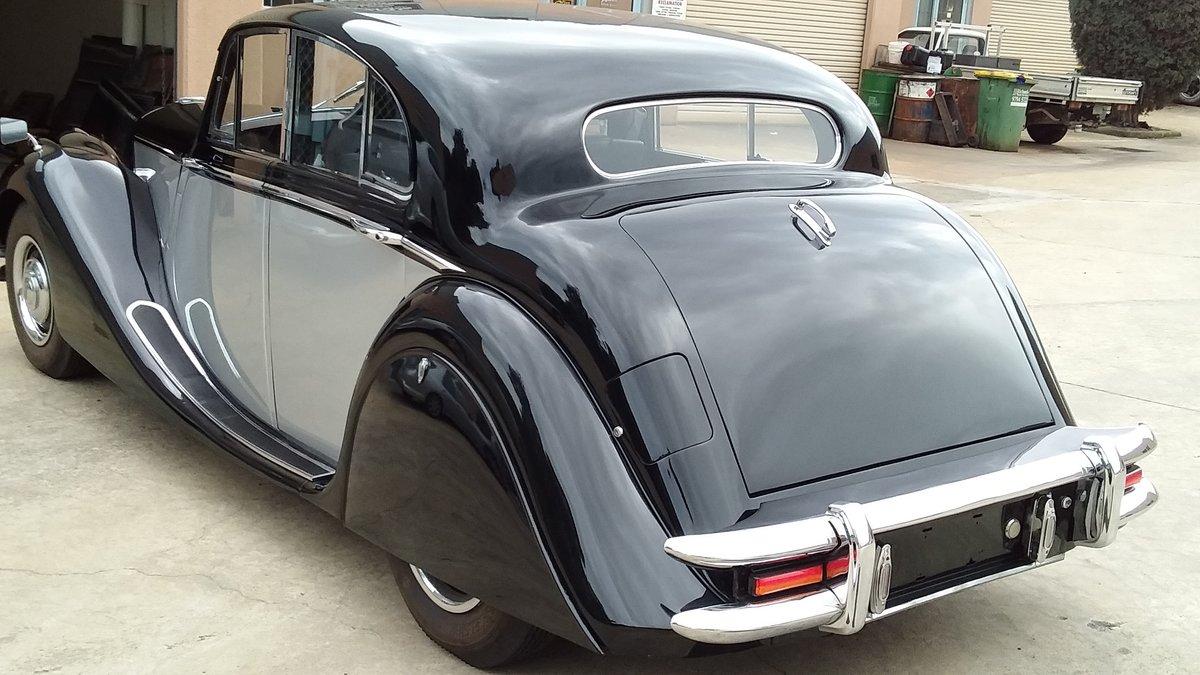 1951 Jaguar Mark V sedan restored For Sale (picture 3 of 6)