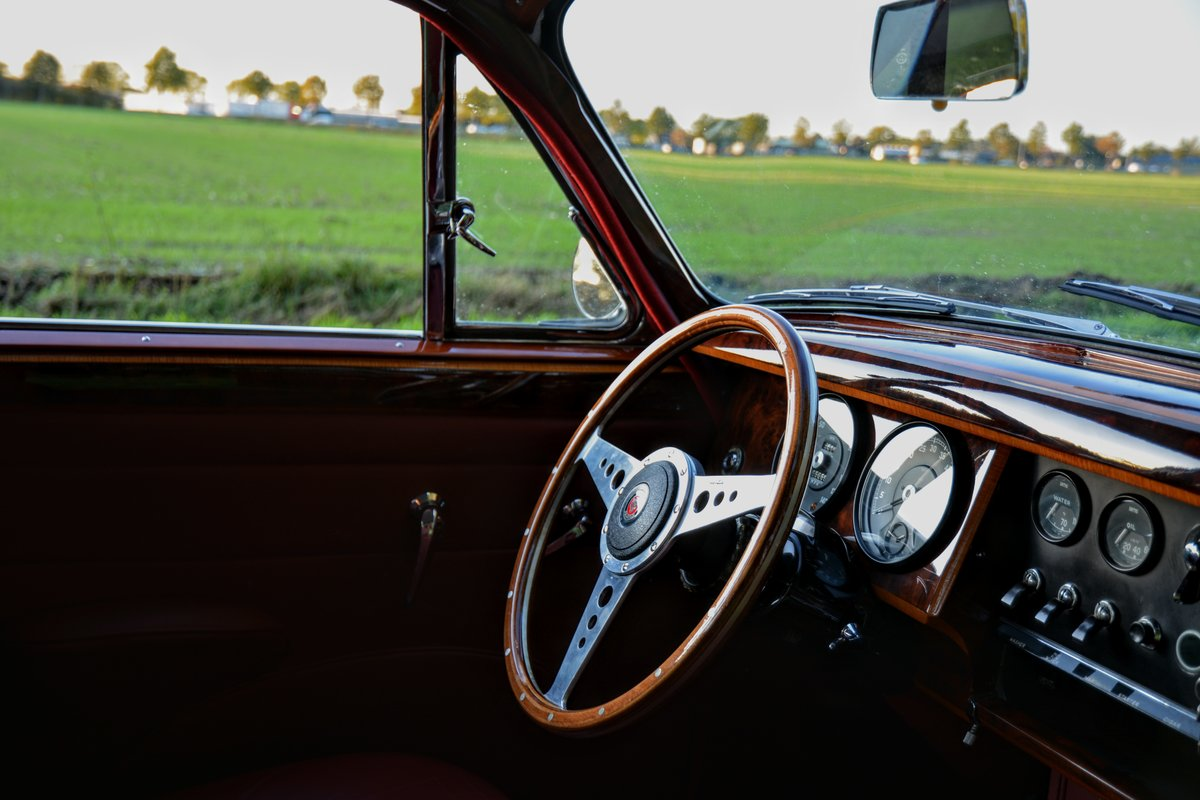 1960 Jaguar MKII Fully restored - second owner - 100% history  For Sale (picture 4 of 6)