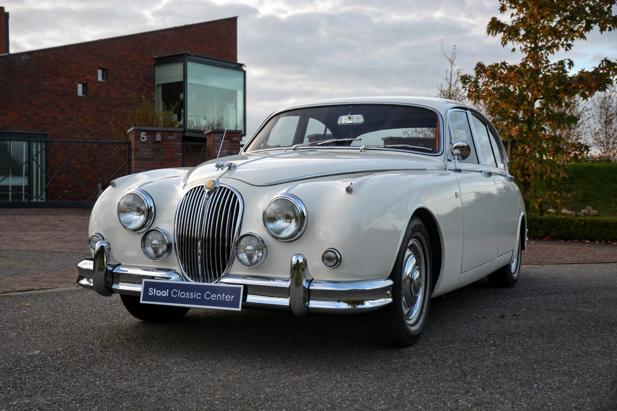 1960 Jaguar MKII Fully restored - second owner - 100% history  For Sale (picture 6 of 6)