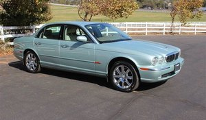 2004 Jaguar XJ8 Sedan = clean Jade(~)Tan driver Auto $5.9k For Sale