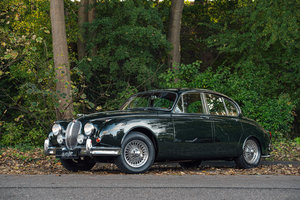 1962 JAGUAR MKII 3.8 MANUAL GEARBOX WITH OVERDRIVE For Sale