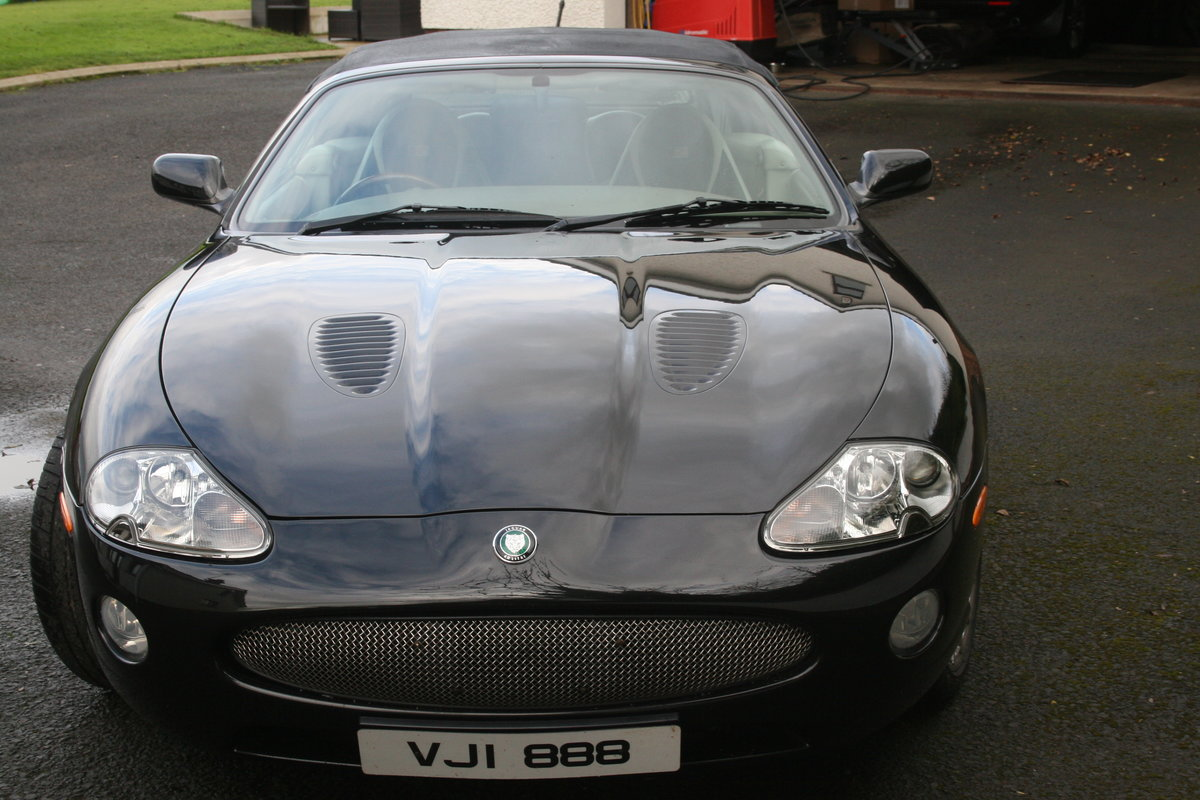 1998 xk8 convertable low mileage For Sale (picture 5 of 6)