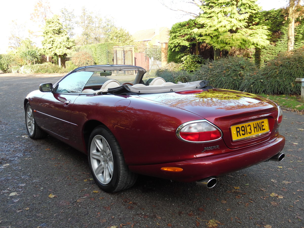 1997 Jaguar XK8 4.0 auto 89,000 Miles, Full Service History. For Sale (picture 2 of 6)