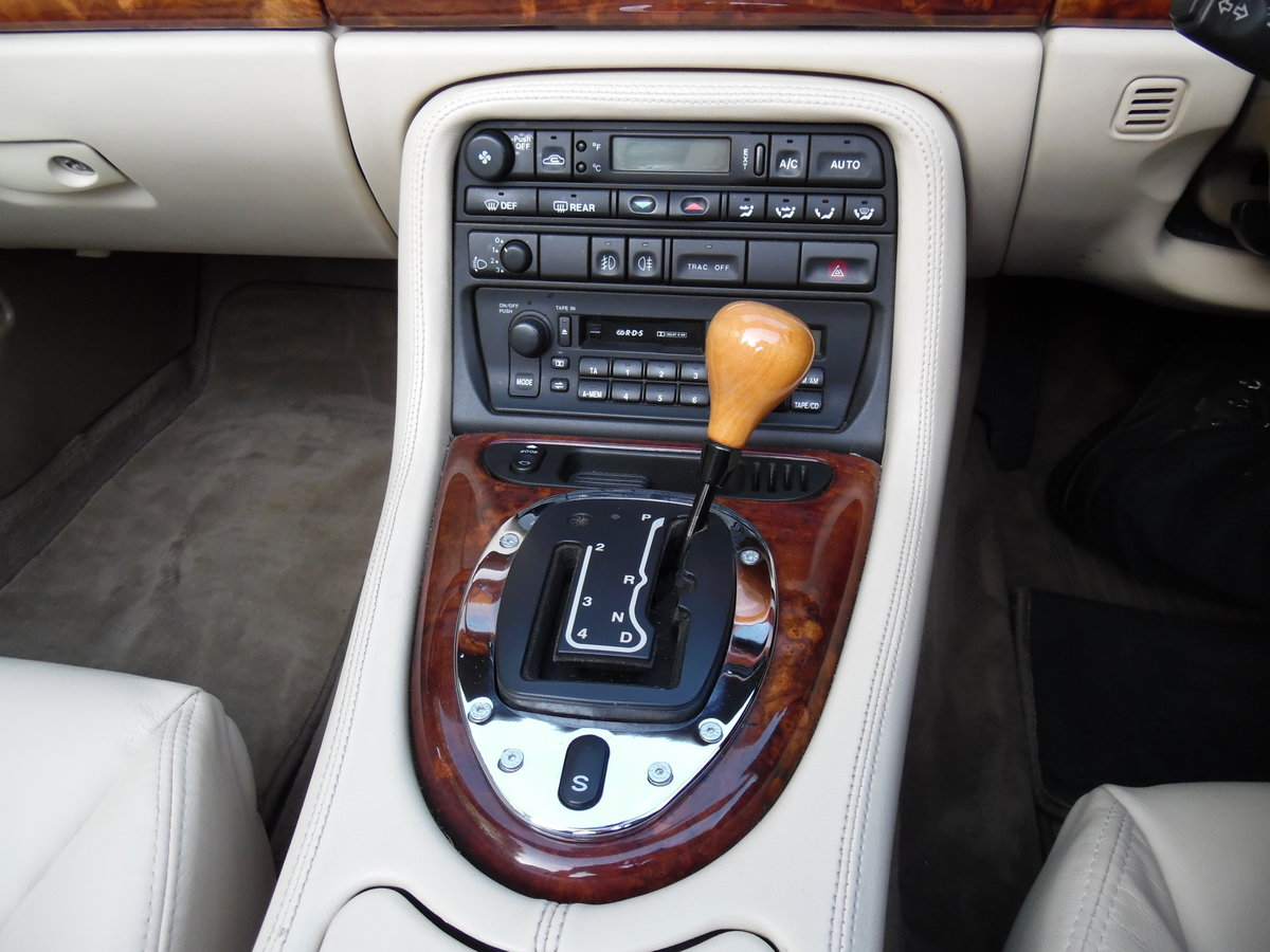 1997 Jaguar XK8 4.0 auto 89,000 Miles, Full Service History. For Sale (picture 6 of 6)