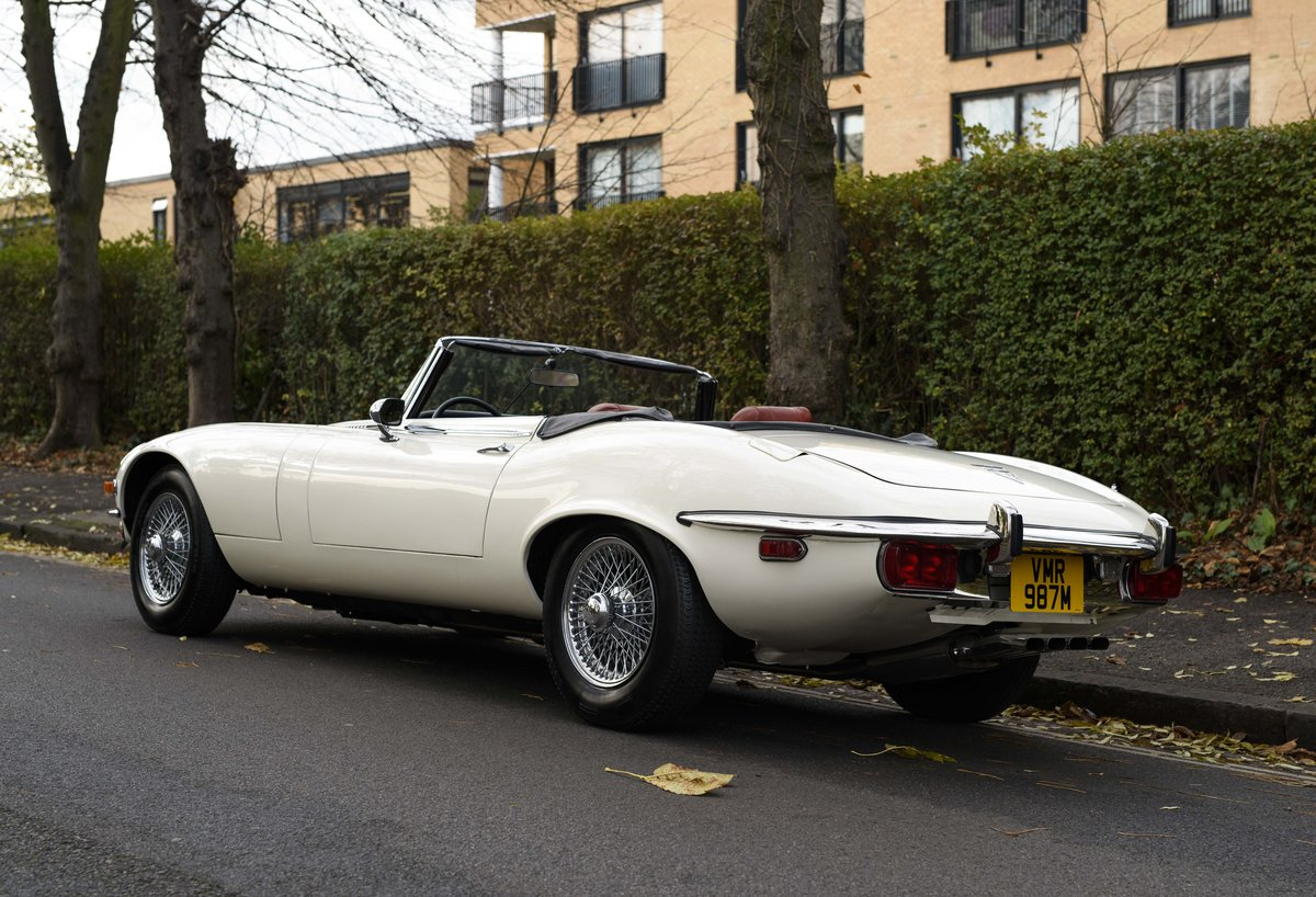 1974 Jaguar E-Type Series 3 V12 Roadster For Sale in London For Sale (picture 4 of 24)