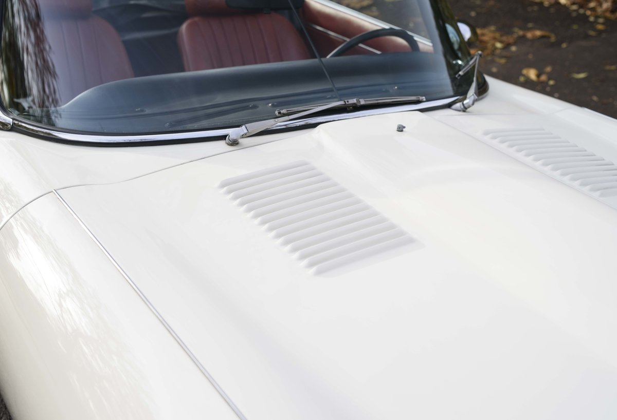 1974 Jaguar E-Type Series 3 V12 Roadster For Sale in London For Sale (picture 13 of 24)