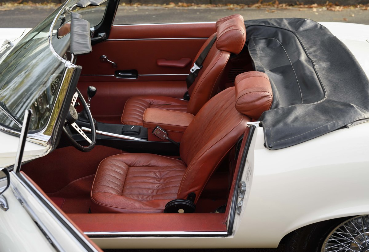 1974 Jaguar E-Type Series 3 V12 Roadster For Sale in London For Sale (picture 23 of 24)