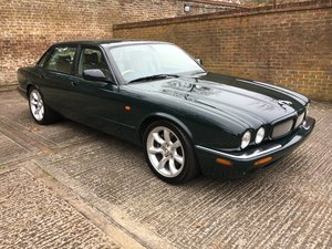 Jaguar XJR X308 2001MY AJ27 facelift dash
