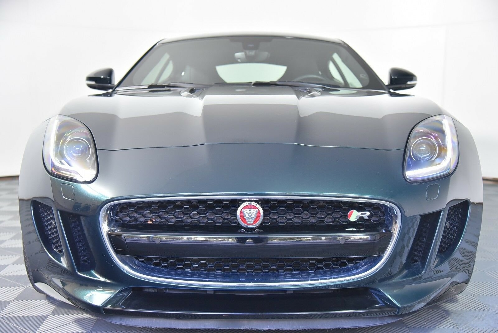 2015 Jaguar F-TYPE R Coupe For Sale (picture 1 of 6)