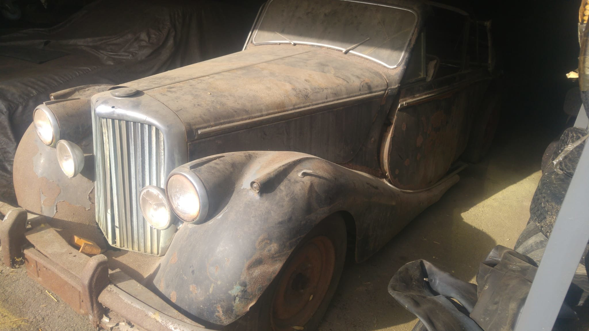 1950 Jaguar MK V project. 2 cars. For Sale (picture 1 of 6)
