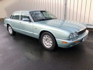 2000  JAGUAR XJ XJ8 3.2 V8 EXECUTIVE 240 BHP