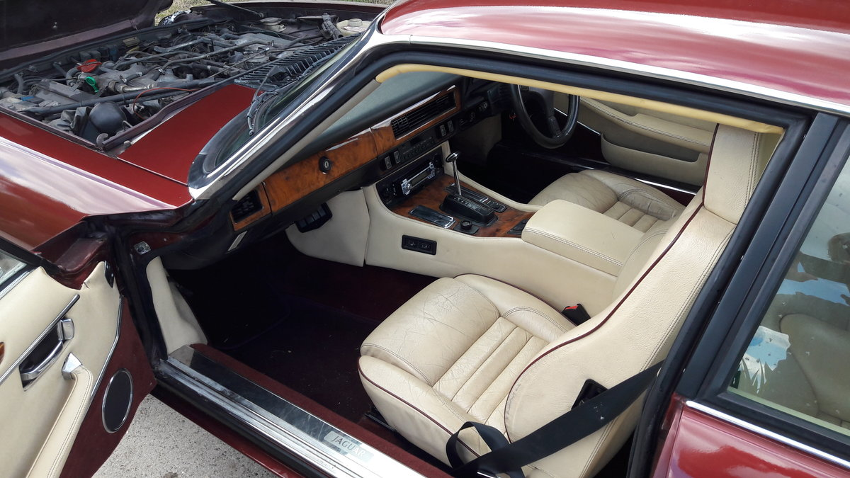 1989 JAG XJS RED For Sale (picture 6 of 6)
