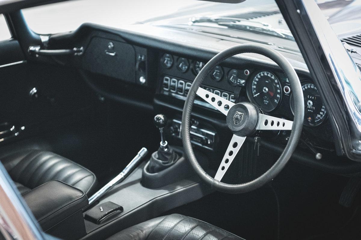 1971 Jaguar E-Type Series 3 FHC 2+2 V12 For Sale (picture 4 of 6)