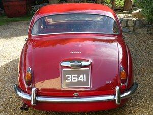 1968 Jaguar MK2  2.4