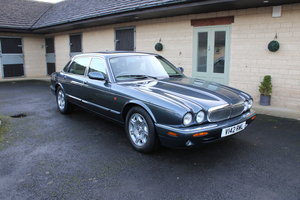 1999  JAGUAR SOVEREIGN 4.0 litre lw