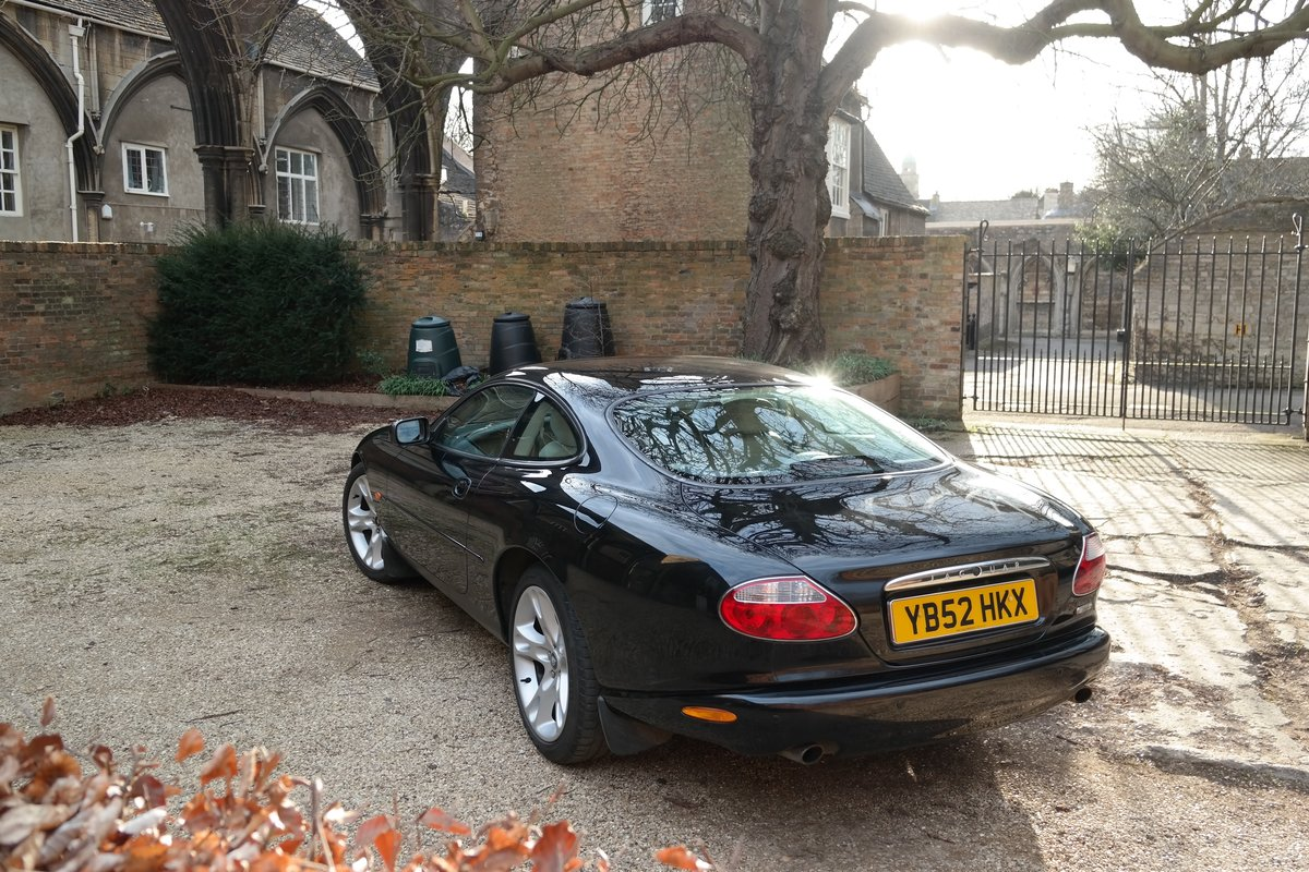 2002 Jaguar XK8 Coupe Early 4.2 litre 6 speed  For Sale (picture 2 of 6)