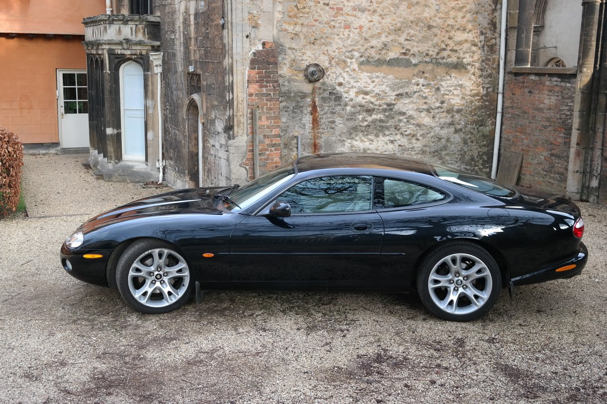 2002 Jaguar XK8 Coupe Early 4.2 litre 6 speed  For Sale (picture 6 of 6)