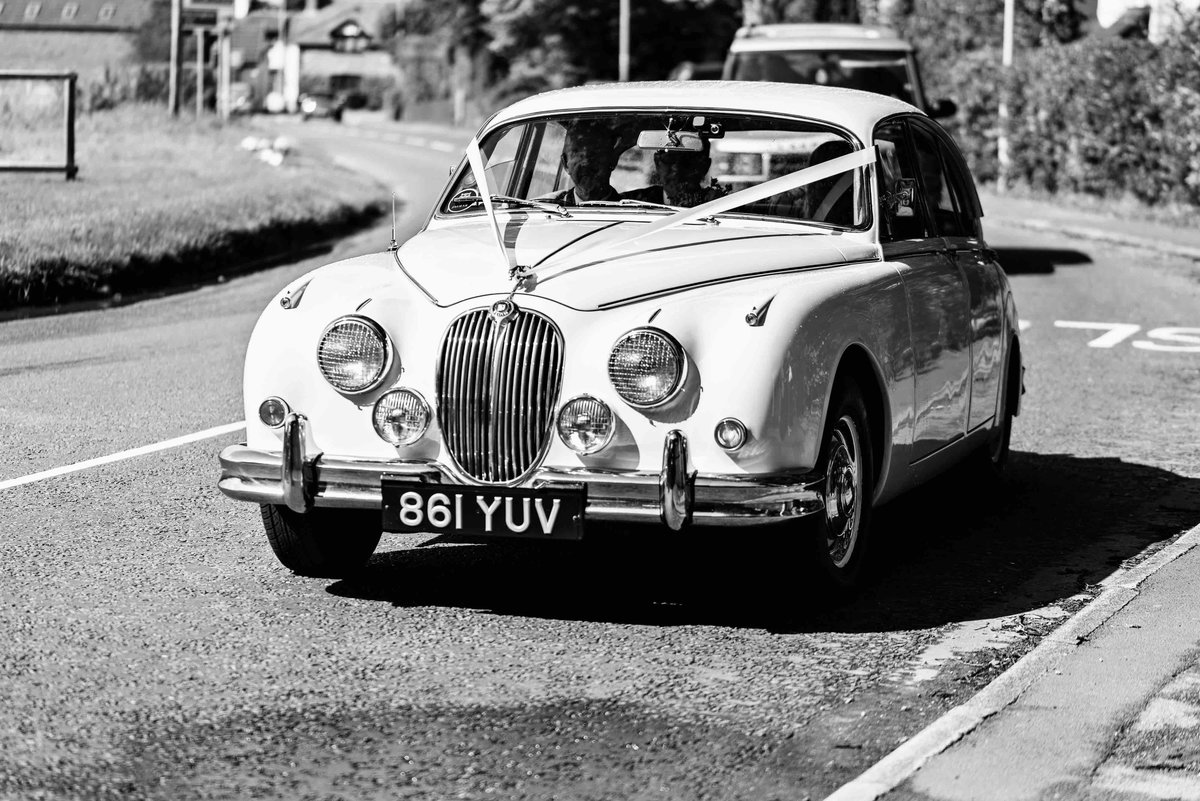 1961 Classic Wedding Cars Cheshire For Hire (picture 5 of 6)