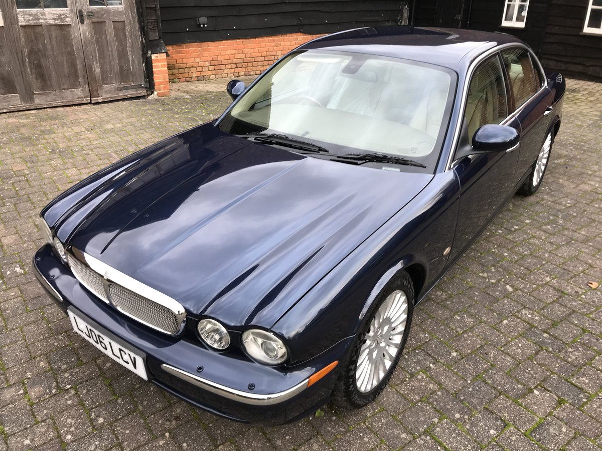 2006 STUNNING MODERN CLASSIC old school style luxury jaguar  For Sale (picture 1 of 6)