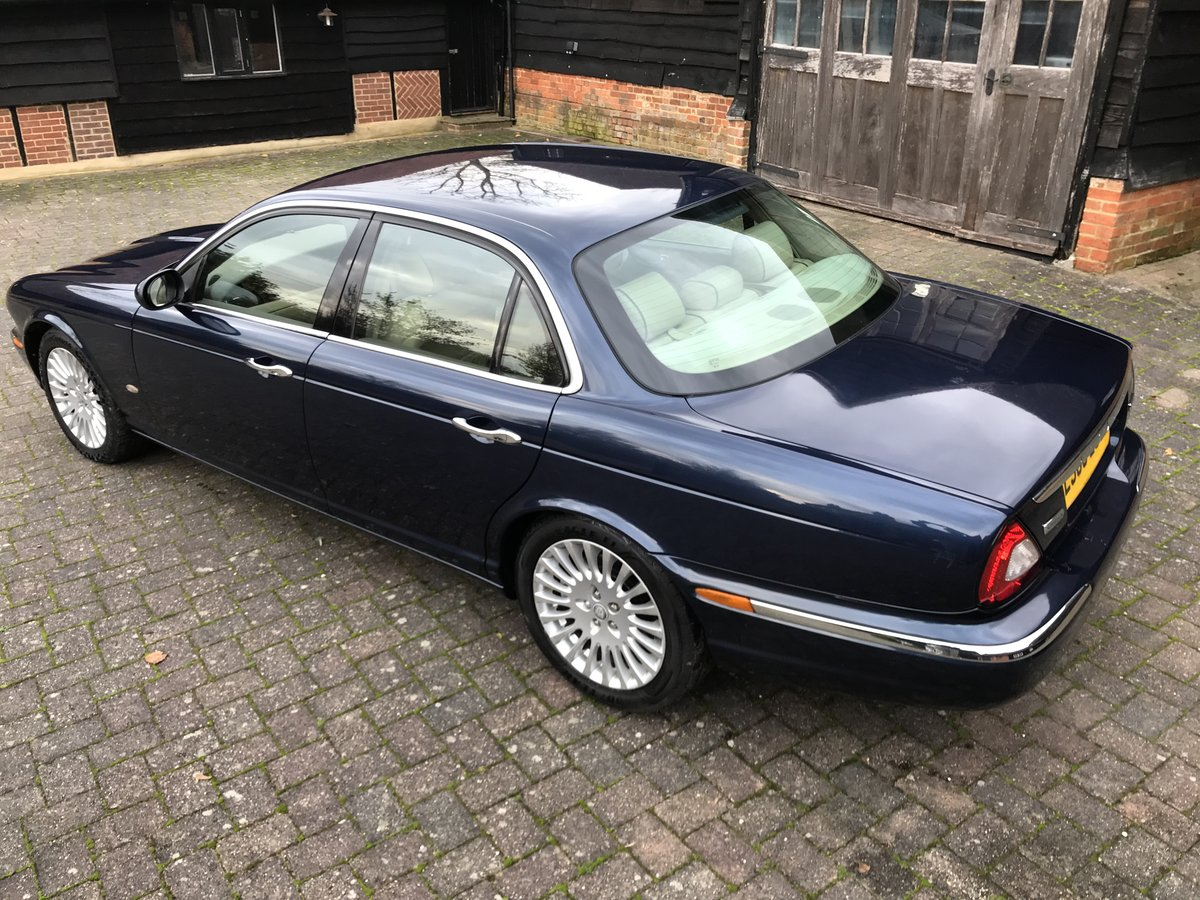 2006 STUNNING MODERN CLASSIC old school style luxury jaguar  For Sale (picture 2 of 6)
