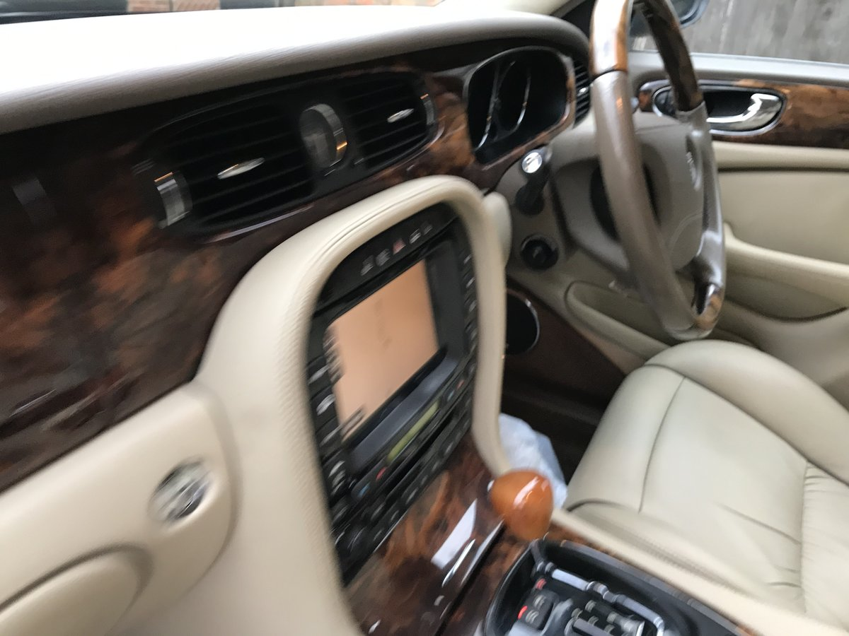 2006 STUNNING MODERN CLASSIC old school style luxury jaguar  For Sale (picture 6 of 6)
