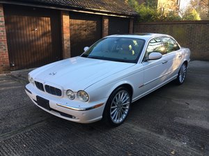 Jaguar XJ8 4.2 2005 53k very high spec and perfect For Sale