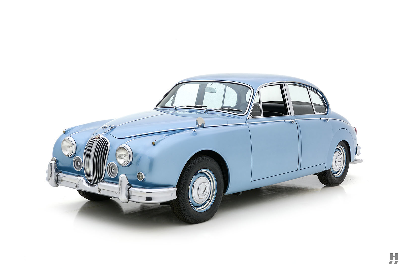 1963 JAGUAR MK II 3.8 SALOON For Sale (picture 1 of 6)
